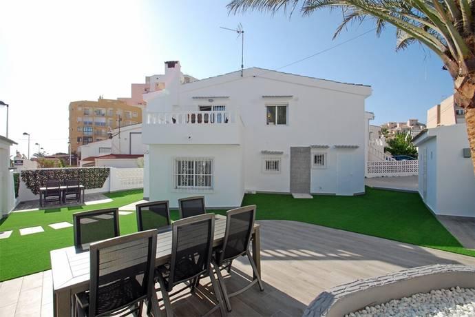 Bild: 5 rum radhus på Nyrenoverat gavelradhus i toppskick 4- sovrum nära havet i La Mata, Spanien Torrevieja - La Mata