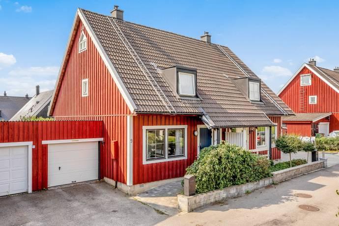Bild: 5 rum radhus på Hambovägen 9, Upplands-Bro kommun Kungsängen Brunna