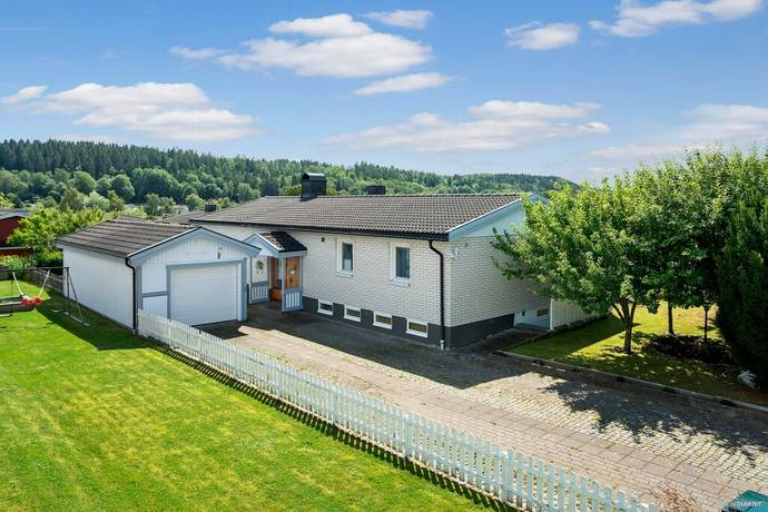 Bild: 110 m² villa på Sädesvägen 3, Ale kommun Skepplanda