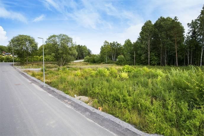Bild: tomt på Ektorpsvägen, tomt 2, Eskilstuna kommun