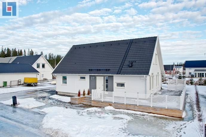 Bild: 7 rum villa på Vegagatan 27, Umeå kommun Tavleliden