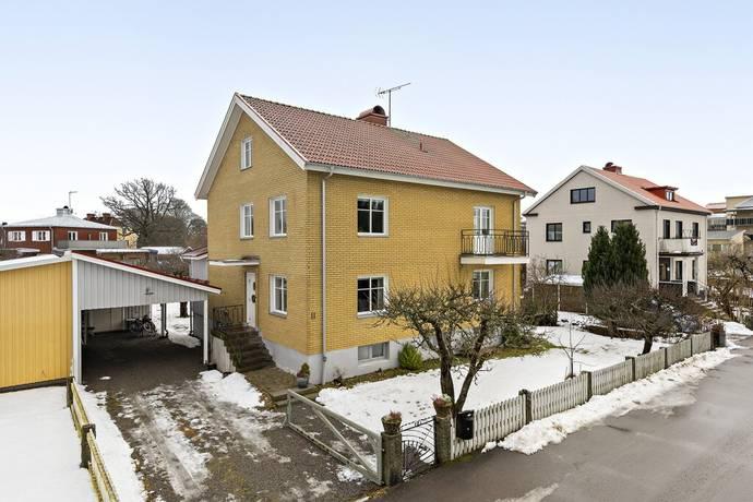 Bild: 9 rum villa på Skärvavägen 11, Växjö kommun Växjö Väster