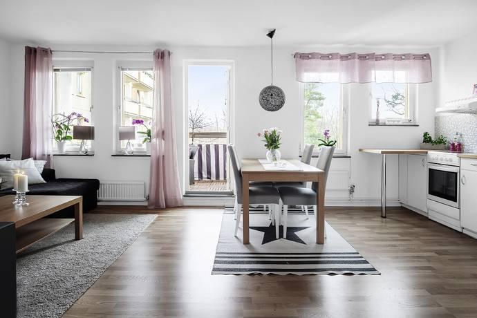 Bild: 1,5 rum bostadsrätt på Ornövägen 16, Nacka kommun Orminge