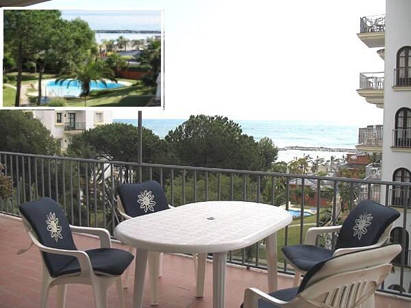 Bild: 3 rum bostadsrätt på A12 Puerto Banus, beachfront i hamnen AAA läge Marbella, Spanien Marbella Puerto Banus