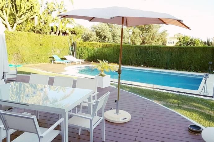 Bild: 5 rum villa på Fin villa med 4 sovrum i Marbella - Privat pool och trädgård!, Spanien MARBELLA