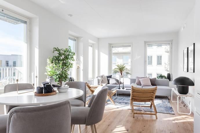 Bild: 3 rum bostadsrätt på Kavallerivägen 2B, Sundbybergs kommun Rissne