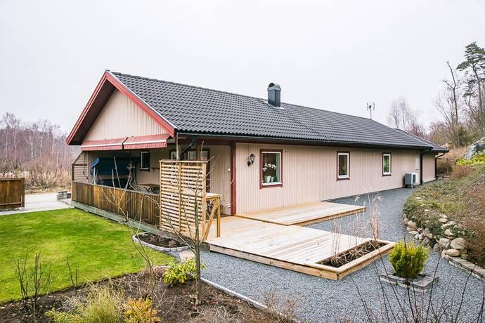 Bild: 3 rum villa på Algvägen 1, Ronneby kommun Ekenäs