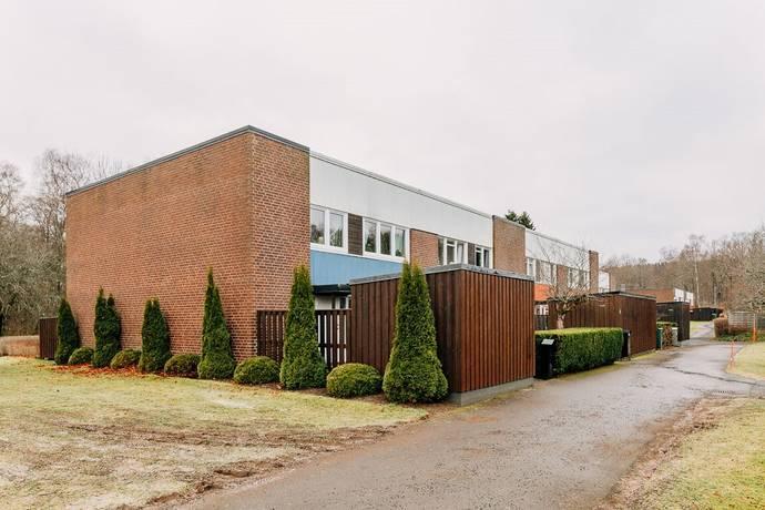 Bild: 5 rum radhus på Claesborgsvägen 29, Skövde kommun Hentorp