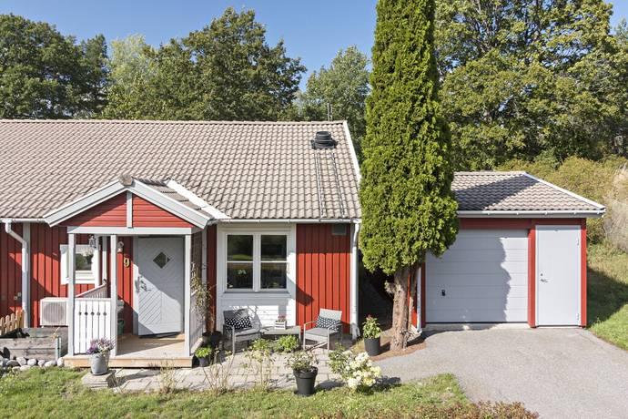 Bild: 2 rum radhus på Korslötsvägen 9, Ekerö kommun Färingsö Korslöt