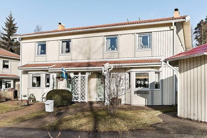 Bild: 4 rum radhus på Parkvägen 13 L, Borås kommun Fristad