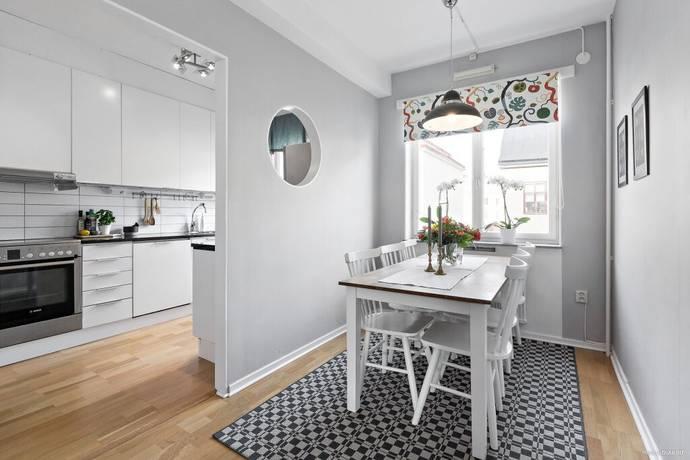 Bild: 2 rum bostadsrätt på Engelbrektsgatan 62 B, Örebro kommun Centralt öster
