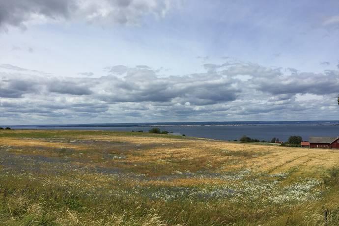 Bild: tomt på Uppgränna, Jönköpings kommun Uppgränna