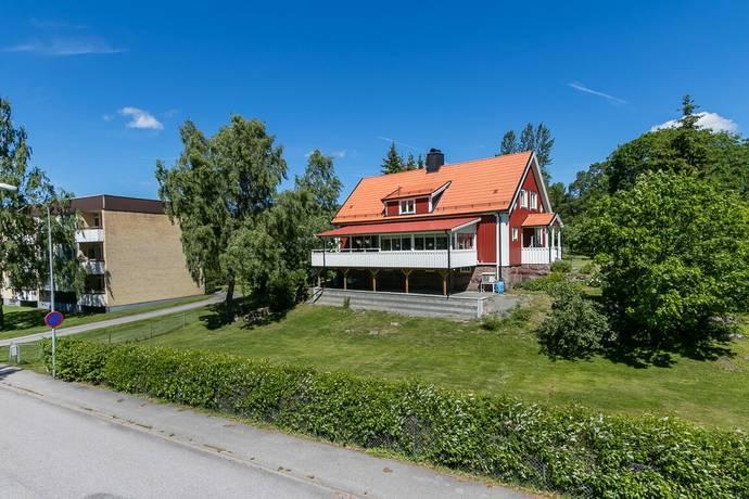 Bild: 8 rum villa på Ringvägen 11, Västerviks kommun Gunnebo