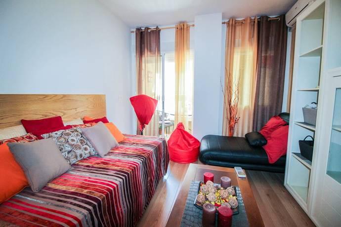 Bild: 1 rum bostadsrätt på Inglasad Balkong / Pool, Spanien Nyrenoverad Studio