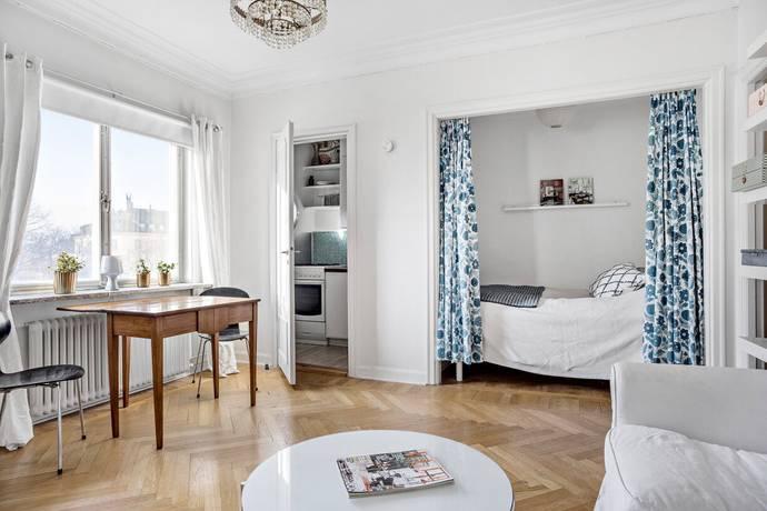 Bild: 1 rum bostadsrätt på Valhallavägen 49, 4 tr, Stockholms kommun Östermalm Vasastan