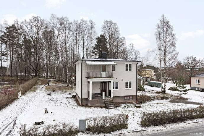 Bild: 5 rum villa på Bergmästarevägen 38, Karlskoga kommun Stackfallet