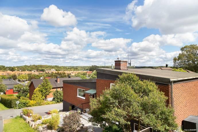 Bild: 6 rum villa på Rödgatan 54, Göteborgs kommun Näset - Åkered