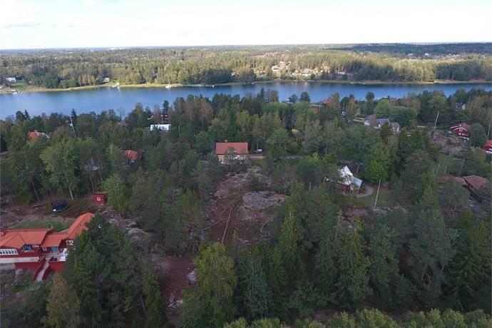Bild: tomt på Fågelviksvägen 113, Värmdö kommun Ingarö
