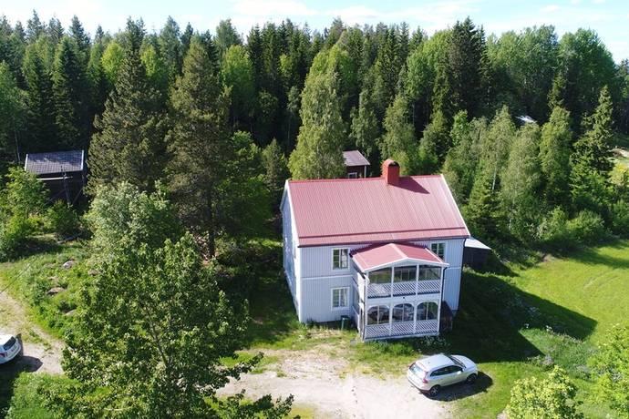 Bild: 107 m² gård/skog på Utanlandsjö 114, Örnsköldsviks kommun