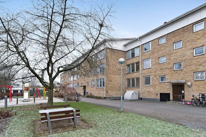Bild: 3 rum bostadsrätt på Kommendantsvägen 6, Kristianstads kommun Gamla Näsby