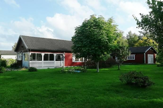 Bild: 3 rum villa på Knutsgårdsvägen 2, Ljungby kommun HÖLMINGE
