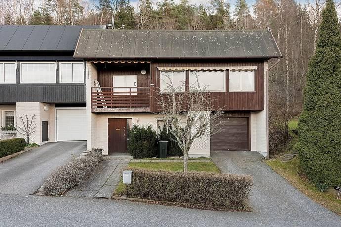 Bild: 5 rum radhus på Tomasgatan 2, Borås kommun Norrmalm