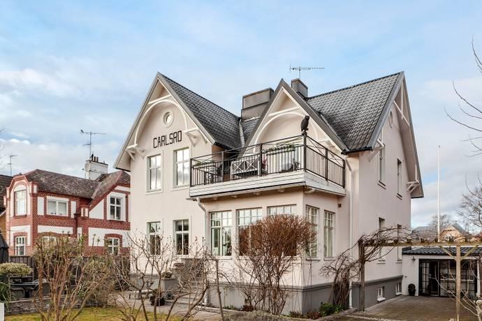 Bild: 6 rum villa på Sveagatan  92, Malmö kommun Limhamn