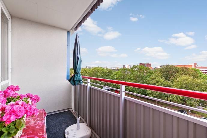 Bild: 4 rum bostadsrätt på Släggbacken 6, Solna kommun Huvudsta