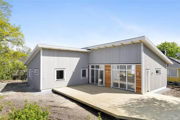 Bild: 4 rum villa på Ränselvägen 1, Upplands-Bro kommun Stentorp