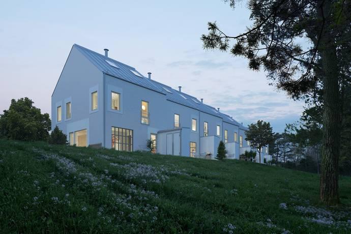 Bild: 7 rum radhus på Vikvägen 52, Uppsala kommun Vårdsätravik