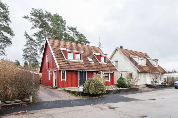 Bild: 5 rum villa på Slåttergatan 22, Gislaveds kommun