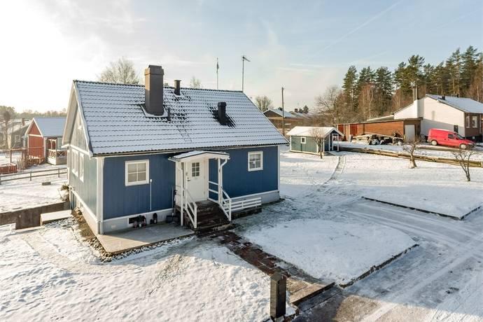 Bild: 4 rum villa på Bergsgatan 1, Ydre kommun Österbymo