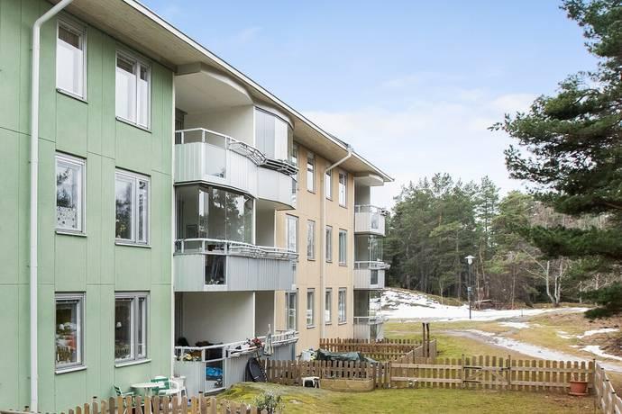 Bild: 4 rum bostadsrätt på Myggdalsvägen 122, 1tr, Tyresö kommun Centrala Tyresö