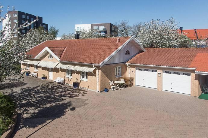 Bild: 5 rum villa på Urupsgatan 15, Ystads kommun Åkeshall