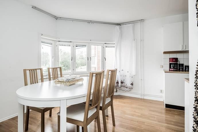 Bild: 3 rum bostadsrätt på Albyvägen 17, Botkyrka kommun Alby