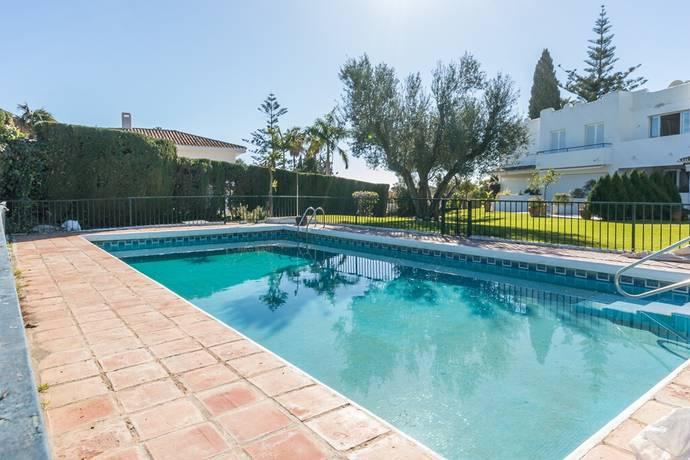 Bild: 5 rum bostadsrätt på Radhus beläget med närhet till populära golfbanor!, Spanien Marbella- Nueva Andalucia