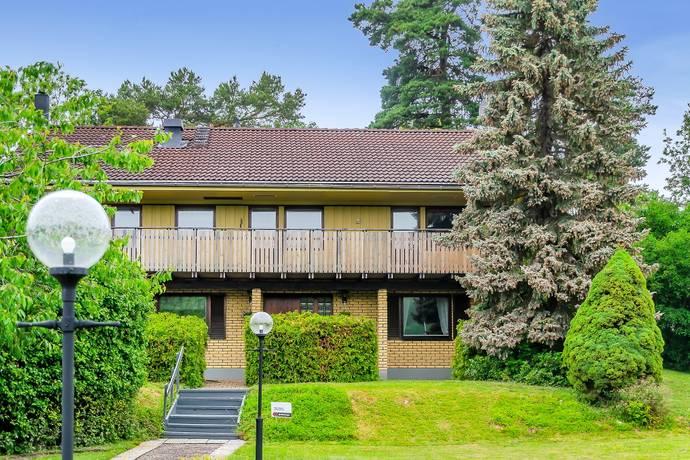 Bild: 6 rum villa på Alviksvägen 4 och 4A, Ekerö kommun Färingsö Stenhamra