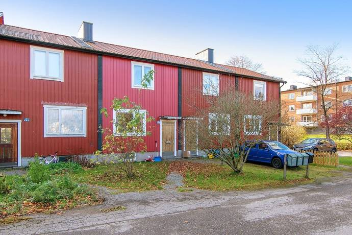 Bild: 3 rum radhus på Odelbergsvägen 9F, Degerfors kommun Bruket