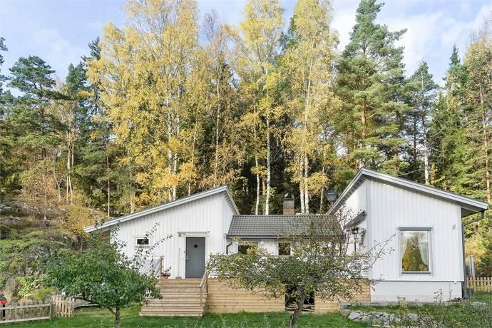 Bild: 5 rum villa på Gamla Stockholmsvägen 260, Huddinge kommun Glömsta