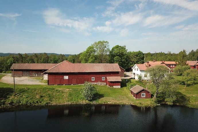 Bild: 7 rum gård/skog på Sätervägen 142, Hedemora kommun Västerby