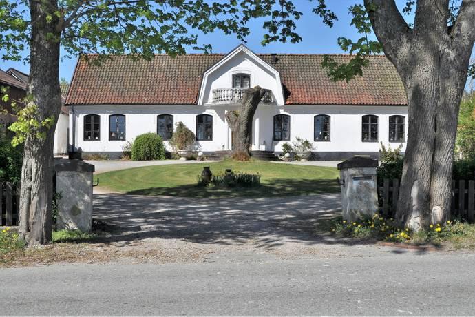 Bild: 9 rum villa på Ljungstorps Gård 1, Höörs kommun