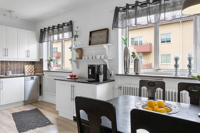 Bild: 2 rum bostadsrätt på Repslagaregatan 4C, Trollhättans kommun Tingvalla