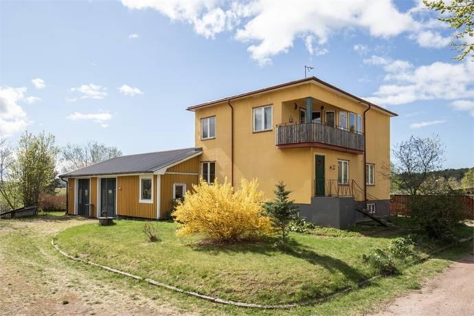 Bild: 6 rum villa på Björkhallsvägen 1, Kristinehamns kommun