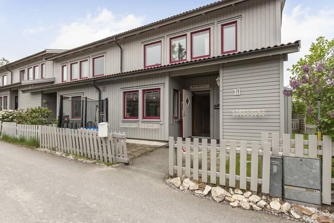 Bild: 5 rum radhus på Björnclous väg 10, Nynäshamns kommun