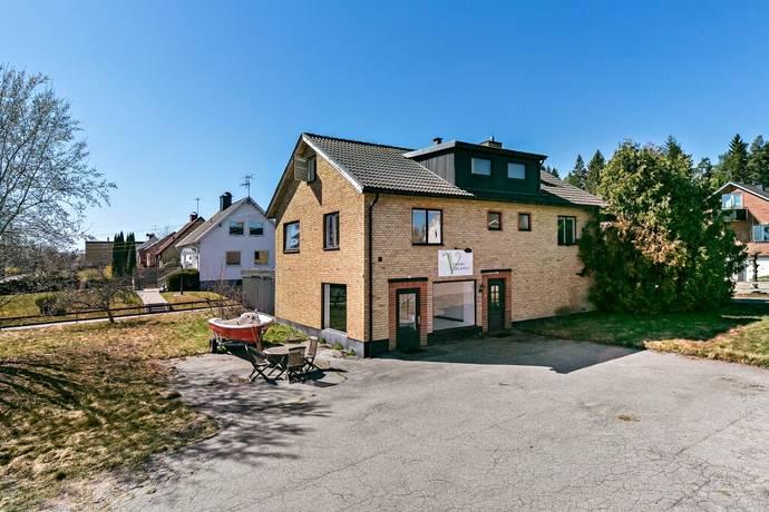 Bild: 7 rum villa på Boråsvägen 4, Ulricehamns kommun