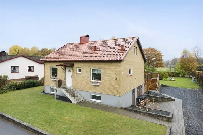 Bild: 5 rum villa på Boställsvägen 25, Karlshamns kommun ASARUM