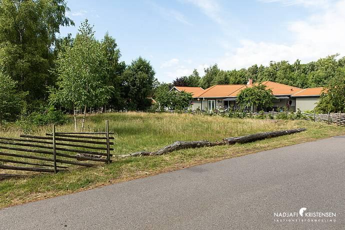 Bild: tomt på Båtvägen 5, Båstads kommun Hemmeslövsstrand