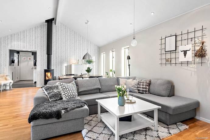 Bild: 6 rum villa på Gräslöksvägen 5, Ängelholms kommun Tullstorp