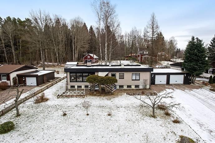 Bild: 4 rum villa på Grenadjärsgatan 3, Gullspångs kommun Gullspång