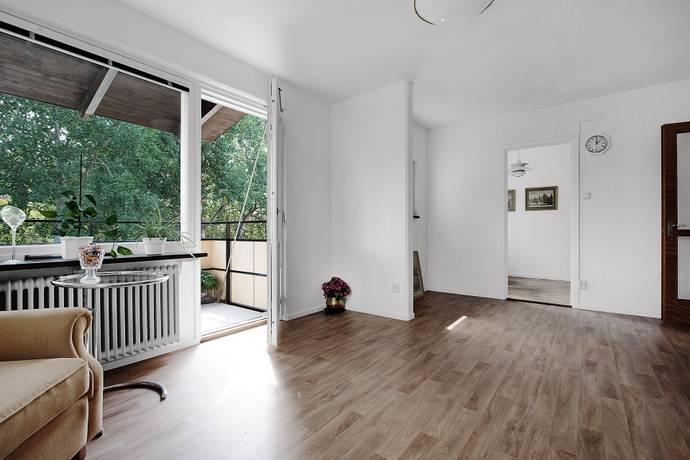 Bild: 2 rum bostadsrätt på Harpsundsvägen 89, Stockholms kommun Högdalen
